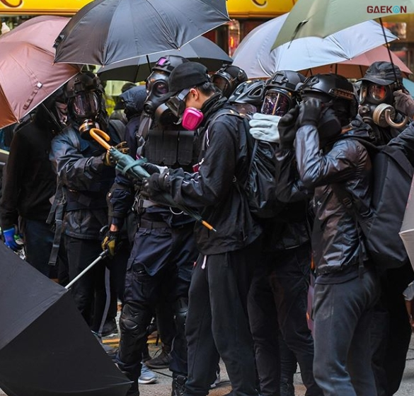 Hong Kong Kembali Membara, Ribuan Demonstran Ditembak
