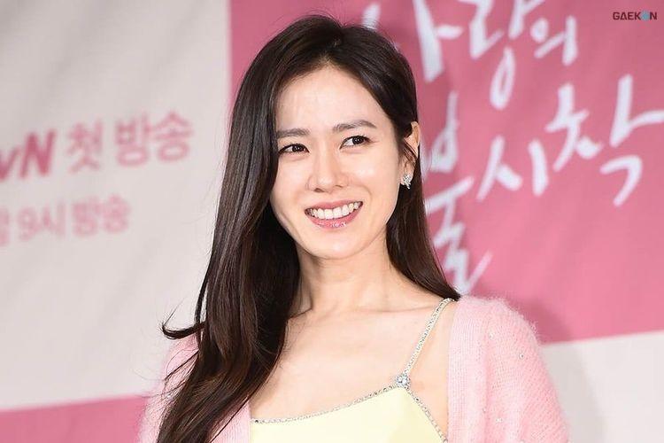 Kalahkan Lisa, Son Ye Jin Dinobatkan Sebagai Perempuan Tercantik 2020