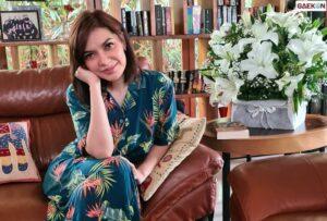 Najwa Shihab Minta Tolong Tersirat Pakai Tulisan Tangan Di Kertas