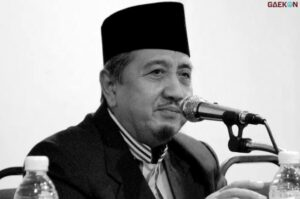 Pimpinan Ponpes Gontor Kiai Syukri Wafat Gubernur Jatim Ucapkan Rasa Duka Cita