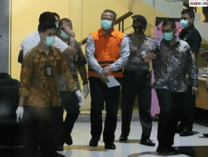 Kenakan Rompi Tahanan KPK Edhy Prabowo Sampaikan Permohonan Maaf ke Jokowi dan Prabowo