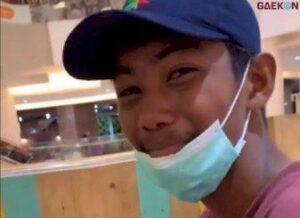 Bikin Mewek, Warganet Ini Ajak Teman Dari Desa Perdana Ke Mall