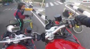 Video Detik-detik Bocah Pesepeda Ditabrak Pemotor
