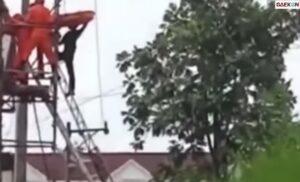 Penyelamatan Tukang Bangunan Tersengat Listrik, Kaki Gosong Karena Kesetrum