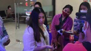 Winda Earl Lunardi: Percaya Maybank Aman, Lha Kok Malah Jadi Korban