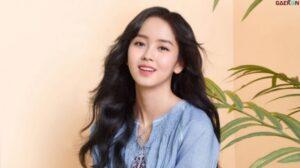 Kim So Hyun Tanda Tangan Kontrak Dengan Agensi Culture Depot