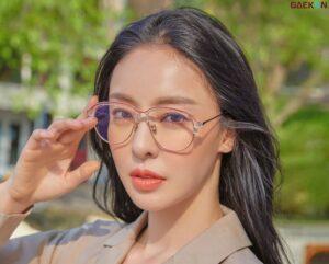 Lee Da Hee Sumbangkan Penghasilan Film Dokumenternya Untuk Lansia