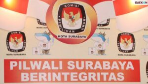 Pilwali Surabaya Semakin Dekat Petugas Pengawas TPS di Tes Swab