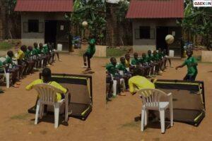 Kompak Banget!! Pemain Sepak Bola Cilik Bikin Challenge Sundul Bola Lihat Endingnya
