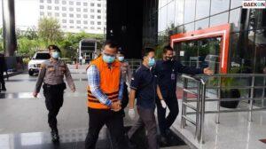 Tertunduk Lesu Edhy Prabowo Diperiksa KPK