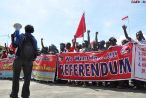 Suarakan Referendum, Puluhan Masyarakat Papua Gelar Demo Di Patung Kuda