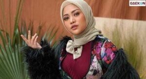 Unggah Foto Kembali Tanpa Hijab, Rachel Vennya Tuai Sorotan