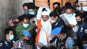 Rizieq Akhirnya Resmi Ajukan Praperadilan di PN Jaksel