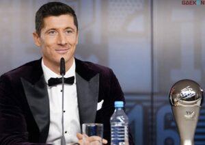 Berhasil Kalahkan Messi dan Ronaldo Lewandowski Sabet FIFA Award 2020
