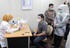 Khofifah Pantau Simulasi Sebut Jawa Timur Siap Gelar Vaksinasi COVID-19