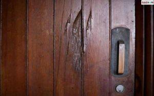 Seram, Pintu Bergetar Diketuk Dengan Kencang Tapi Tak Ada Orang