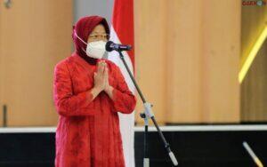 Menteri Risma: Bantuan Tunai Jangan Dipakai Beli Rokok