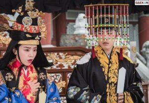 """Dianggap Merombak Sejarah Korea, """"Mr. Queen"""" Banyak Dikecam"""