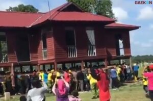 Pindahan Rumah Sesungguhnya, Ratusan Warga Gotong Royong Angkat Rumah