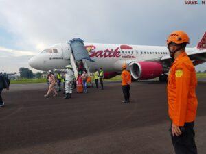 Kendala Pada Roda Depan, Pesawat Batik Air Mendarat Darurat Di Jambi