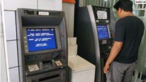 Kesulitan Bobol ATM, Pencuri Ini Bawa Uang + Mesin ATMnya