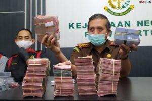 Diduga Diselewengkan, Dana Bantuan Covid-19 Senilai 470 Juta Disita Kejari Purwokerto