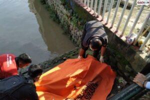 Kantongi KTP Milik Orang, Jenazah Pria Di Sungai Jagir Diduga Seorang Jambret