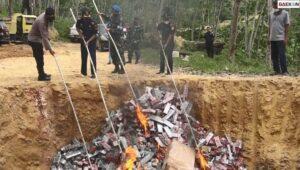 Rugikan Negara Hingga 11,7 Miliar, 10,2 Juta Batang Rokok Ilegal Di Aceh Dibakar