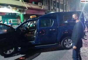 Ungkap Kasus Kendaraan Bawa Barang Ilegal, Mobil Dinas Bea Cukai Riau Diserang Belasan Orang
