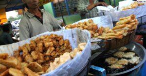 Bahaya Bagi Tubuh, BBPOM Larang Pedagang Bungkus Makanan Dengan Koran
