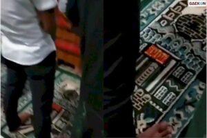 Viral Seorang Pria Salat Berjamaah Sambil Main Game Higgs Domino