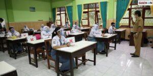 Wagub DKI Minta Siswa Tak Nongkrong Usai Uji Coba Pembelajaran Tatap Muka