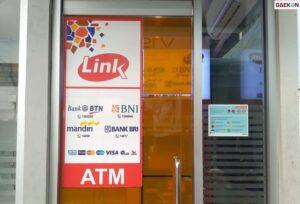 Mulai Bulan Depan Cek Saldo Pakai ATM Link Kena Biaya?