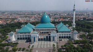 Wajib Daftar Online, Masjid Nasional Al Akbar Surabaya Hanya Terima 6.000 Jemaah