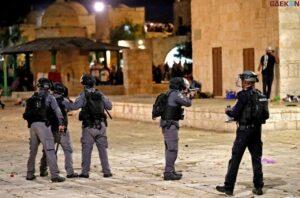 17 Orang Terluka Dalam Bentrok Polisi Israel Dan Warga Palestina Di Yerusalem