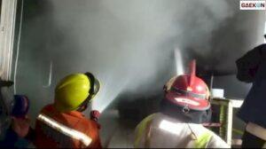 Diduga Korsleting, Gudang Pakaian Rutan Klas 1A Makassar Terbakar