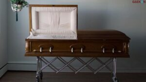 Perajin Peti Mati Di Kota Mojokerto Kewalahan Terima Orderan
