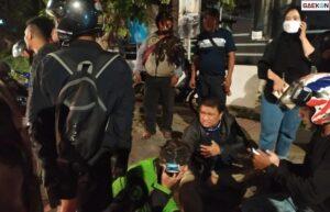 Sejumlah Motor Di Bandung Jadi Korban Ugal-Ugalan Pengemudi Mobil