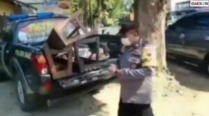 Razia Ditengah PPKM Darurat, Polisi Di Kudus Malah Bawa Pulang Sate Pedagang