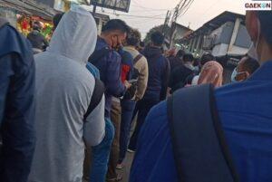 Hari Ke 4 PPKM Darurat, Penumpang KRL Numpuk Di Stasiun Bojonggede