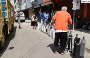 Antre Hingga 20 Meter, Tempat Pengisian Oksigen Di Surabaya Diserbu Warga