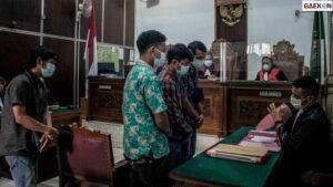 Kasus Kebakaran Kejagung, 5 Terdakwa Divonis 1 Tahun Penjara Dan Mandor Dibebaskan