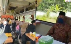 Hindari Razia Aparat, Pengantin Ini Nikah Di Dalam Bus Berjalan
