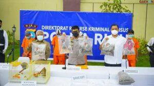 Pria Penjual Paruh Burung Belasan Juta Ini Terancam Hukuman 5 Tahun Penjara