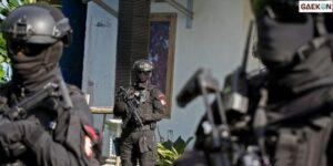 Penangkapan Terduga Teroris Di Pangkalpinang, Densus 88 Amankan Senpi Jenis Revolver