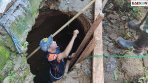 Warga Mamuju Heboh, Lubang Sedalam 4 Meter Tiba-Tiba Muncul Di Dalam Rumah Warga