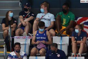 Hobi Merajut, Atlet Asal Inggris Ini Bikin Sarung Medali Sambil Nonton Pertandingan Di Olimpiade Tokyo 2020