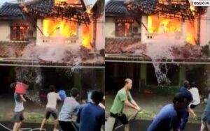 Bikin Geleng Kepala, Sejumlah Warga Padamkan Api Tak Tepat Sasaran