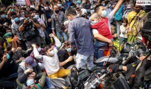 Aksi Demo Pengungsi Afghanistan Di Kantor UNHCR Jakarta, Massa Tuntut Kejelasan Nasibnya