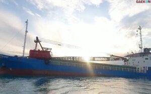 Kapal Kargo Indi Nurmatalia Tabrak Terumbu Karang Hingga Rusak Parah, Polisi Selidiki Penyebabnya